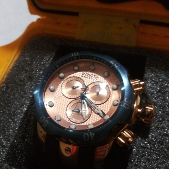 Invicta Other - MEN'S INVICTA VENOM RESERVE WRISTWATCH ROSE GOLD